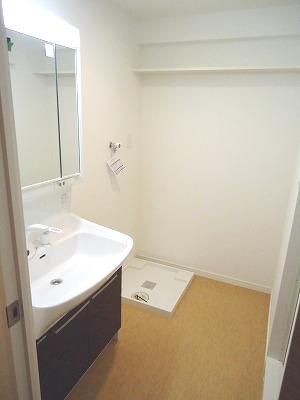 イースト フィールド那の川 / 705号室洗面所