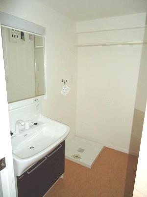 イースト フィールド那の川 / 802号室洗面所