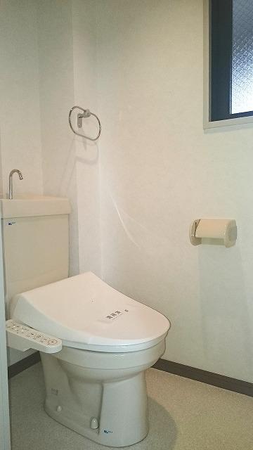ドミール平尾 / 402号室トイレ