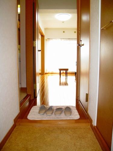 ローヤルマンション博多駅前 / 207号室玄関