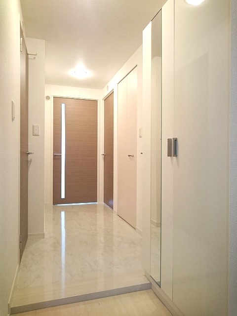 チュリスK1 / 401号室玄関