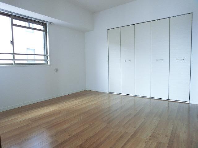 プレミール ホサカ / 701号室