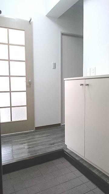 ドミール平尾 / 402号室玄関
