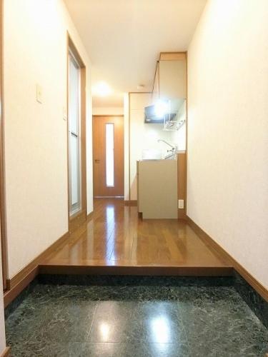 ハイム対馬小路 / 501号室玄関