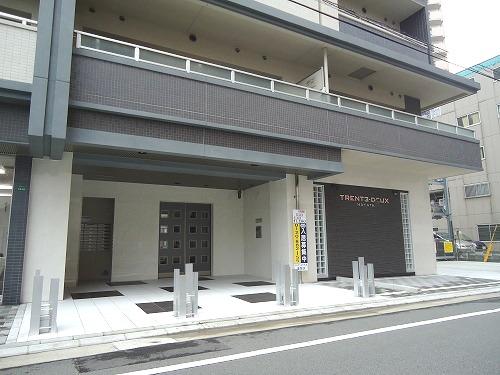 トラント・ドゥ博多 / 302号室エントランス