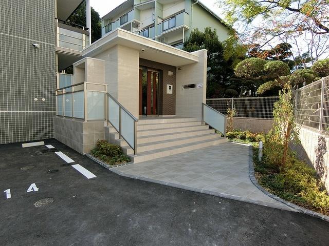 シャトレ平尾浄水町 / 101号室エントランス